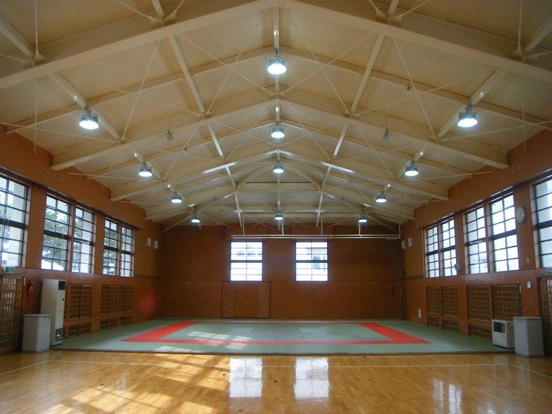 弘前高等学校柔剣道場天井改修工事