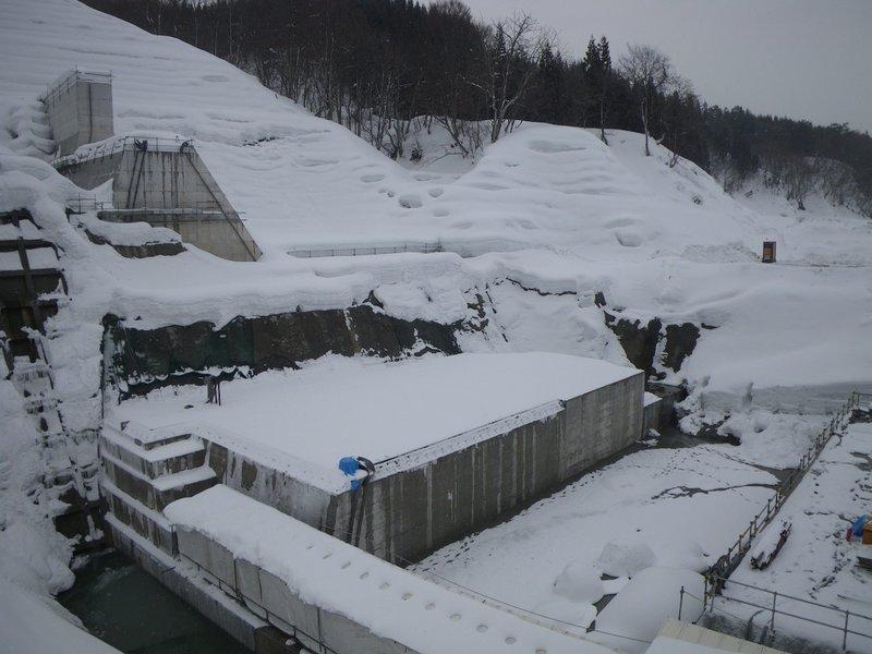 津軽ダム2号水質保全施設河床部工事